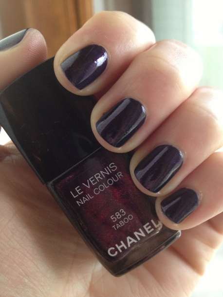 Chanel Le Vernis Taboo 583